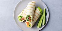 Avocado-Lachs-Wrap