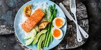 Curryreis mit Ei und Stremellachs