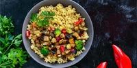 Couscous mit Gemüse und Harissa
