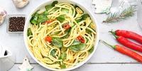 Spaghetti aglio e olio mit Peperoni