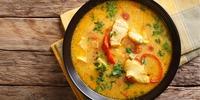 Low Carb Fisch-Gemüse-Pfanne mit Kokosmilch