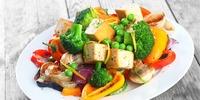 Honig-Tofu mit Gemüse