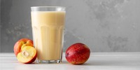 Cashew-Milchshake mit Aprikosen