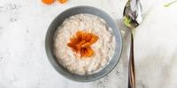 Aprikosen-Pflaumen-Porridge
