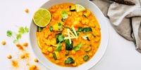 Kürbis-Spinat-Curry mit Kokosmilch