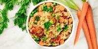 Gemüsepfanne orientalische Art mit Couscous