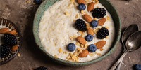 Brombeer-Porridge Keto